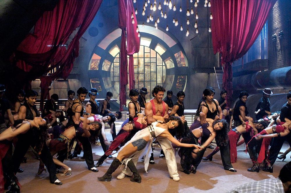 Shiamak Davar's students dancing with Hrithik and Aishwarya in the Dhoom Again song (2006)