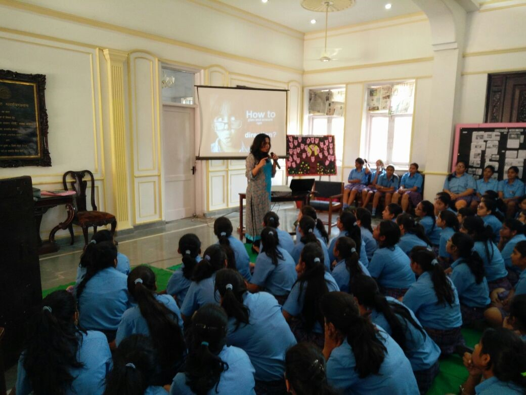 career counselling session held at Mody School