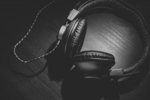 How Music Can Affect Your Writing While Studying?